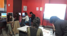 Una desena de joves assisteixen a la xerrada sobre la Garantia Juvenil
