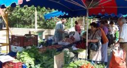L'Ajuntament busca revitalitzar el mercat setmanal