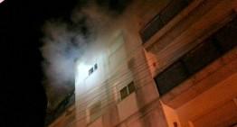 Dos intoxicats lleus en un incendi en un pis de Blanes