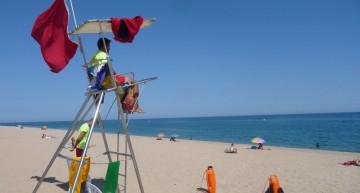 El 40% de les platges del Maresme no tenen socorristes a l'estiu