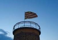 Malgrat instal·larà una senyera a la torre del Parc del Castell