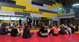 La Policia de Blanes imparteix el 7è curs de defensa personal per a dones