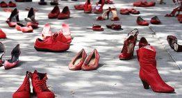 Sabates vermelles contra la violència de gènere