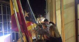 Retiren l'estelada penjada ahir a l'Ajuntament de Malgrat pels grups sobiranistes