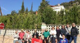 """Una vintena de participants recorren les """"petjades de dona"""" de PLF"""