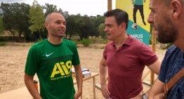Iniesta escull Tordera pel seu campus de futbol