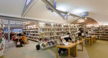 La biblioteca torna a obrir sense cita prèvia a partir de dilluns