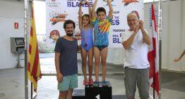 La palafollenca Mar Páez,la nedadora més jove de la Travessia de Blanes