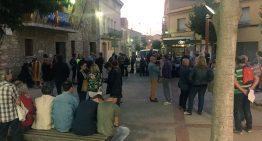 Un centenar de persones es concentren a PLF en defensa de la democràcia i del dret a decidir