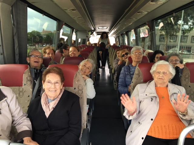 Una quinzena d'usuaris del Respir se'n van d'excursió a Blanes
