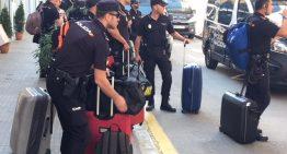 Els policies nacionals allotjats a Pineda han marxat finalment aquest matí dels hotels