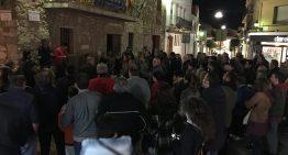 Desenes de persones es concentren a PLF contra l'empresonament de bona part del Govern català