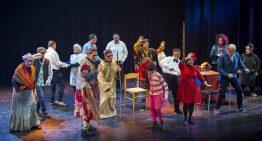 """S'estrena l'obra """"Naixement Pop V.4.17"""" al teatre de Blanes"""