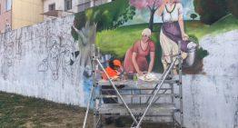 Comencen a pintar els murals del nou Parc de les Rentadores