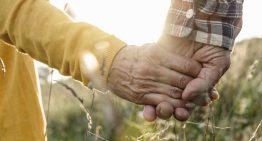 L'Ajuntament busca parelles palafollenques per celebrar, d'aquí a un mes, els 50 anys de casats