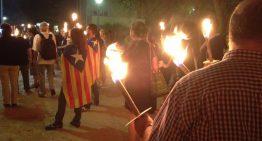 Ajornen la Marxa de Torxes per la Independència al proper 1 d'octubre