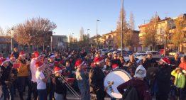 La Banda de Palafolls escalfa l'ambient prenadalenc amb la tradicional cercavila de Nadales