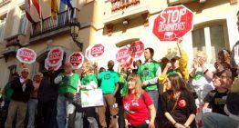 Multen un activista de la PAH Blanes després d'una protesta contra un desnonament