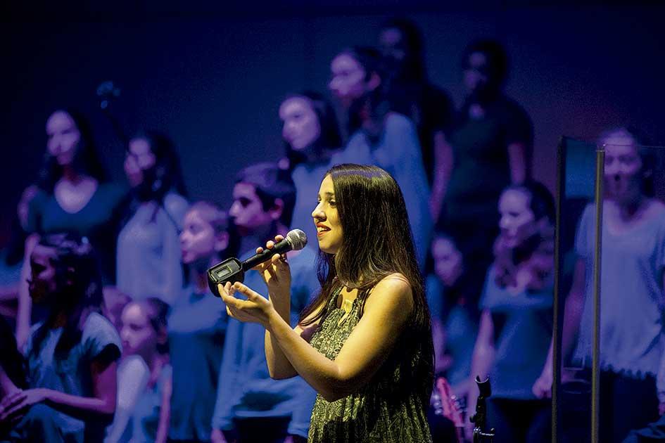 """L'espectacle """"Els colors del mar"""" estrena la temporada cultural al Teatre de Palafolls"""