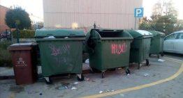 Nosotros també critica la situació de les escombraries i demana una revisió del contracte