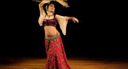 El Casal de la Dona continua avui els seus tallers d'estiu amb la dansa oriental i la percussió com a protagonistes