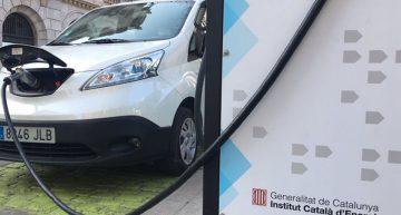 Comença la instal·lació d'un punt de recàrrega de vehicles elèctrics a Malgrat