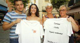 Una jove blanenca edita samarretes per la investigació de la malaltia de Crohn