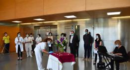 Els hospitals de Calella i Blanes s'uneixen per recordar les víctimes de la Covid-19