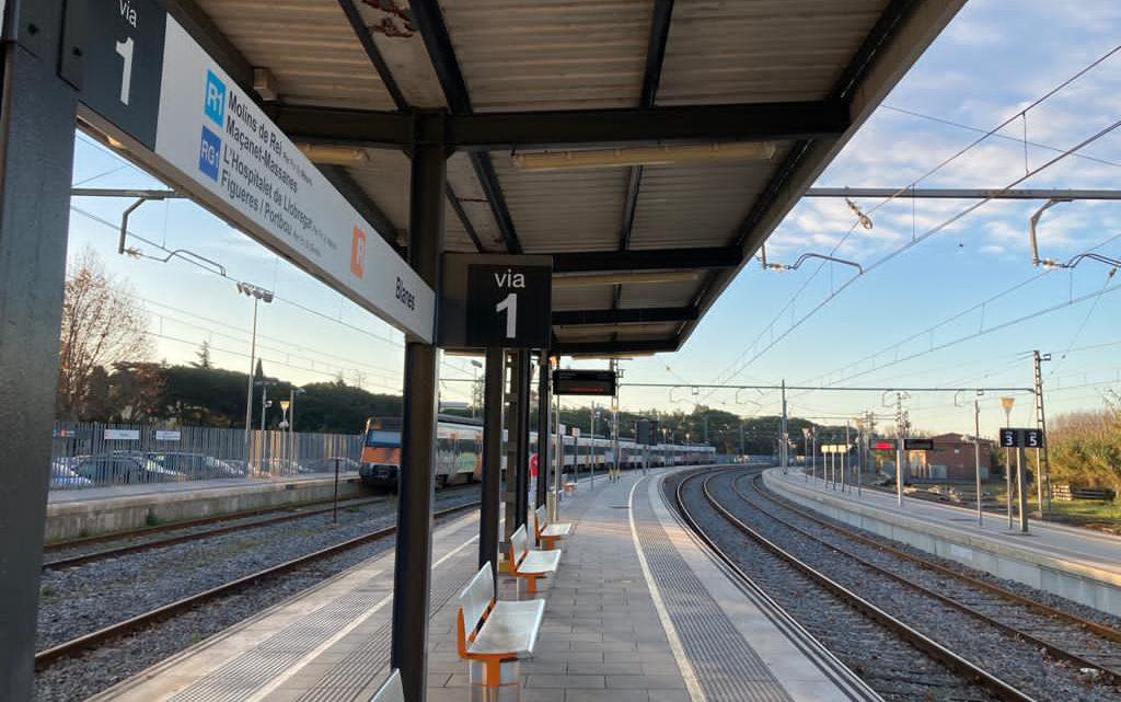 ADIF investiga l'autorització de la marxa d'un tren a Blanes que podria haver causat un xoc frontal amb un altre comboi