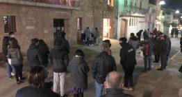 Una cinquantena de persones es concentren contra l'empresonament del raper Pablo Hasél