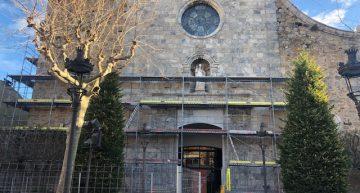 Restauren la façana i el campanar de l'església de Sant Nicolau de Malgrat