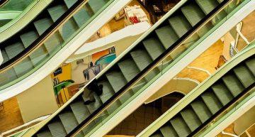 El Procicat permet la reobertura dels centres comercials i es flexibilitzen mesures a l'educació i l'esport