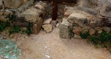 Vandalitzen elements de seguretat del Castell de Palafolls