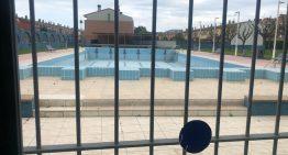 Les associacions veïnals de Palafolls pacten nous preus amb el parc aquàtic de Lloret