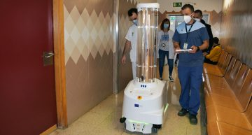 Uns robots facilitaran la desinfecció de les habitacions dels centres hospitalaris de Blanes i Calella