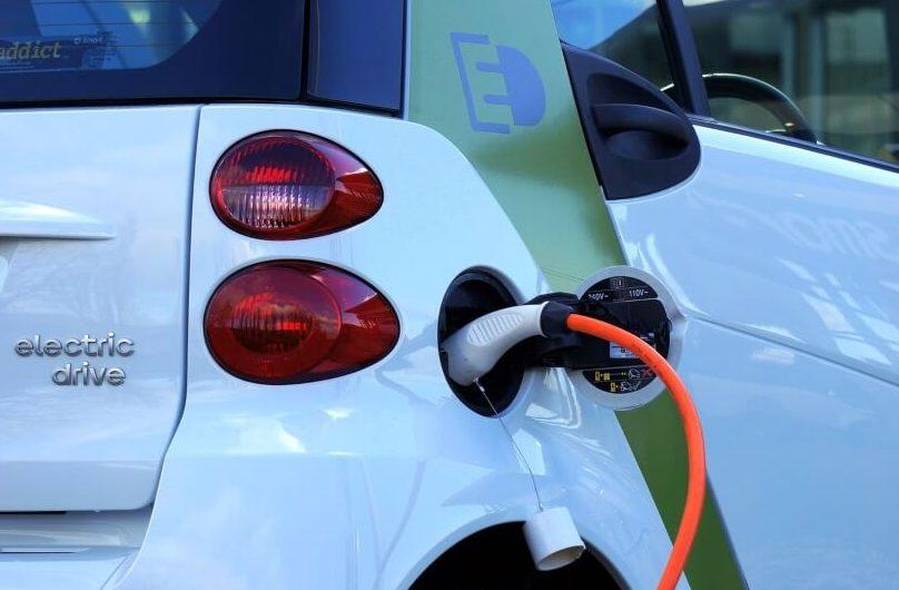 L'estació de recàrrega de vehicles elèctrics de Malgrat encara no té llum