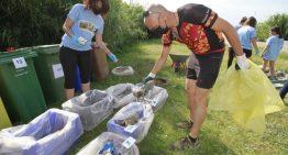 Blanes aconsegueix recollir més d'una tona de residus durant la Setmana del Medi Ambient