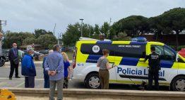 La Policia Local de Palafolls comença a repartir les targetes de zona verda a Sant Lluís