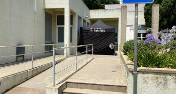 S'instal·la una carpa a l'exterior del CAP de Palafolls per fer les proves diagnòstiques de Covid-19