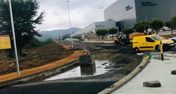 Tram final de les obres del nou vial entre Mas Reixac i Bershka
