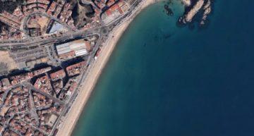 Mor un home de 82 anys ofegat a la platja de S'Abanell de Blanes